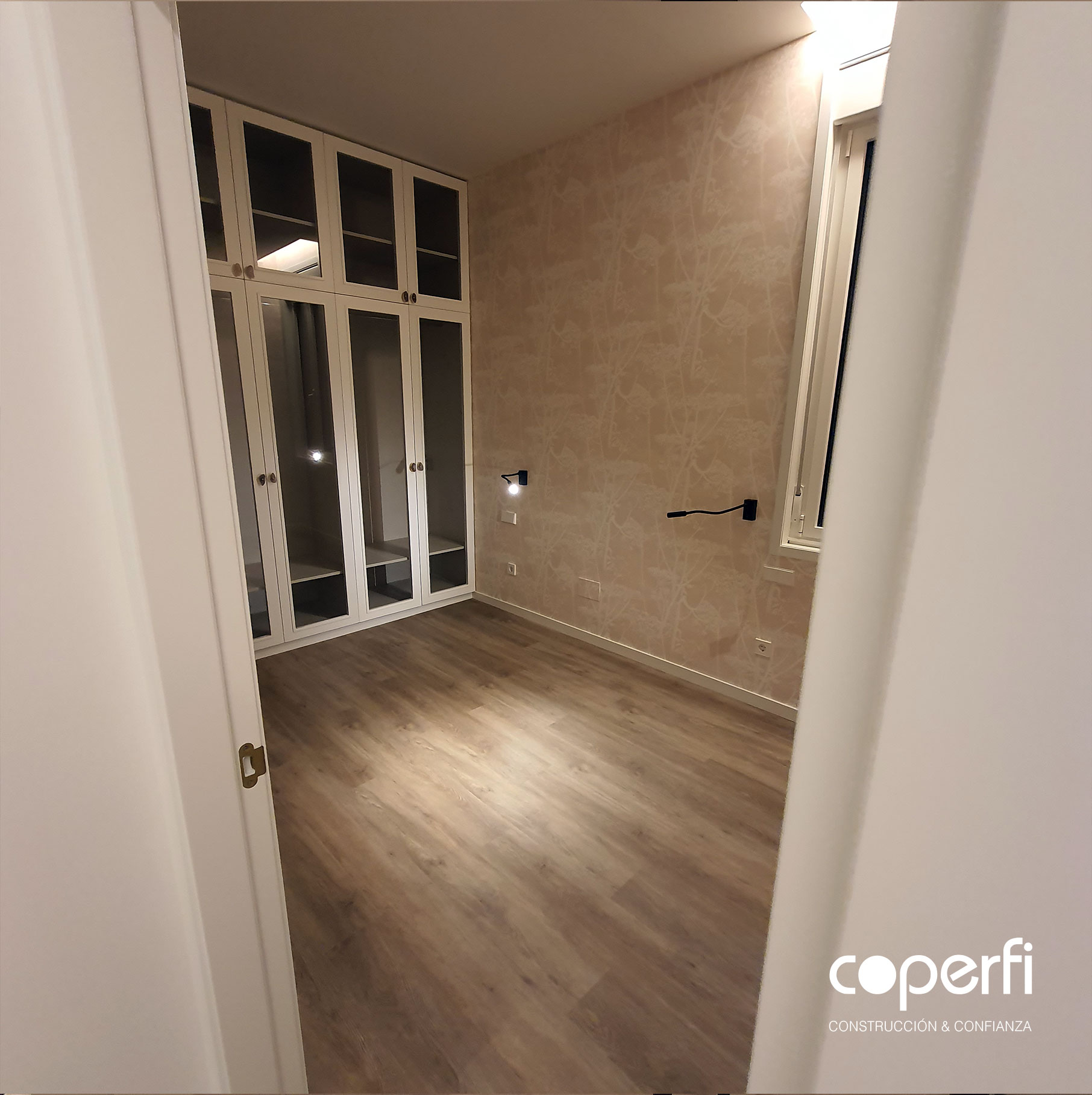 coperfi_habitacion_invitados_papel_pintado_